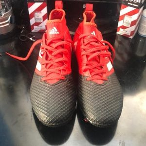 Ace soccer cleats